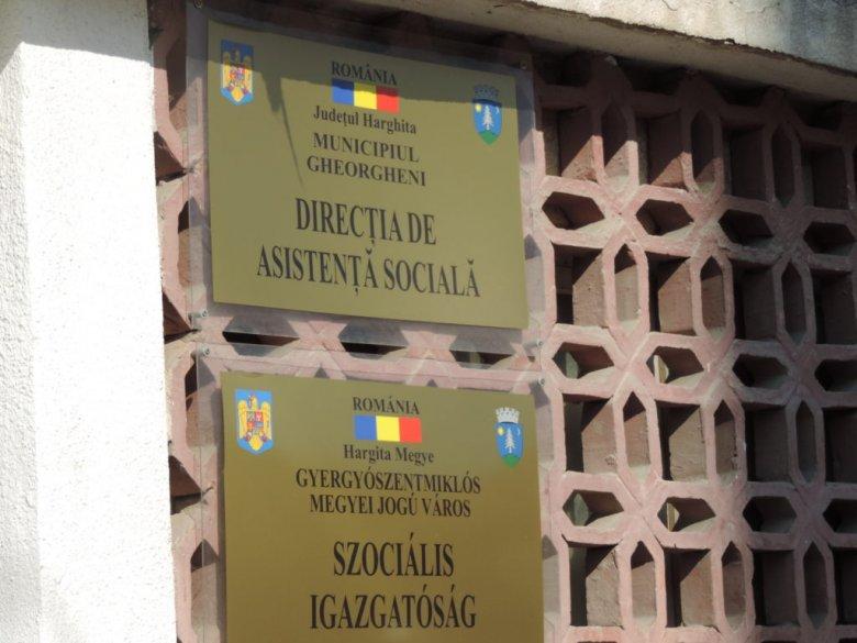 Újra a megszokott programmal működik a gyergyószentmiklósi városháza szociális igazgatósága