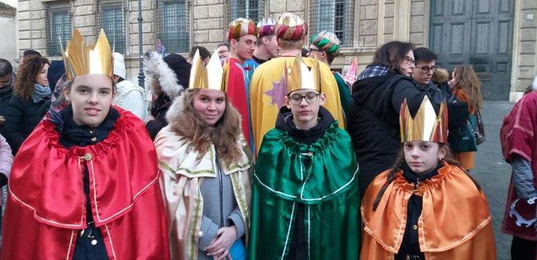 Újévi pápai szentmisén kaptak áldást a gyermekek