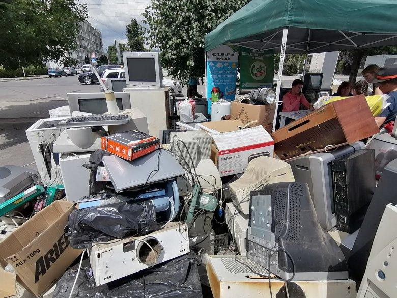 12 tonnányi elektromos hulladék gyűlt össze Gyergyószentmiklóson