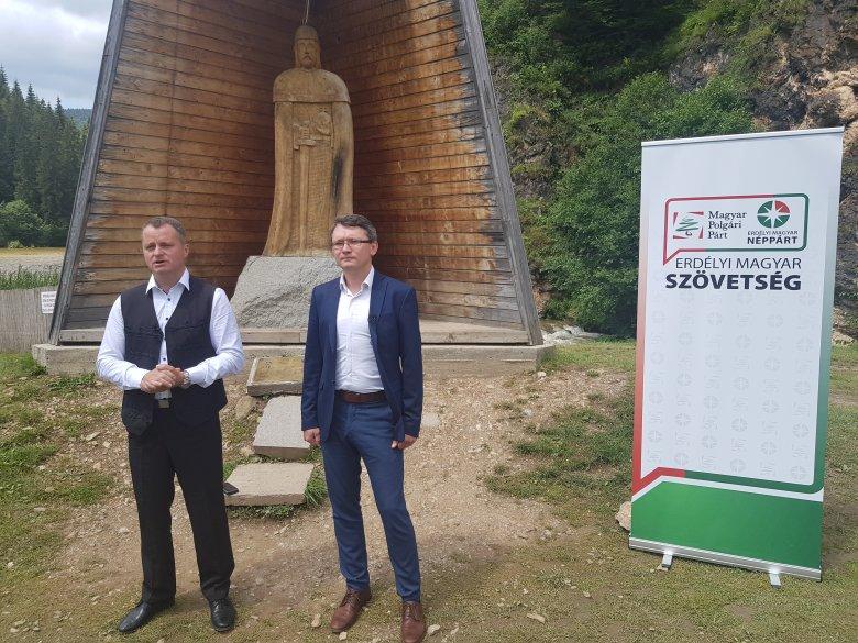 A választás lehetősége: Mezei János lesz Borboly Csaba kihívója