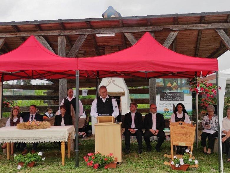 A gazdák munkáját méltatták a gyergyószentmiklósi hálaadási ünnepségen