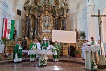 Ünnepi szentmisén iktatták be a gyergyószentmiklósi Szent Miklós Plébánia új főesperesét
