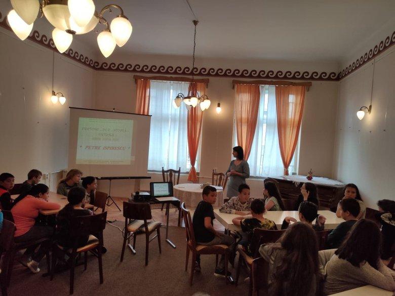 Országos program a gyergyószentmiklósi könyvtárban