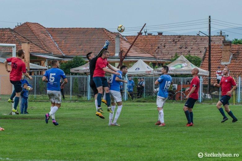Gyergyószentmiklós–Székelyudvarhely kupameccsel indul a megyei fociszezon