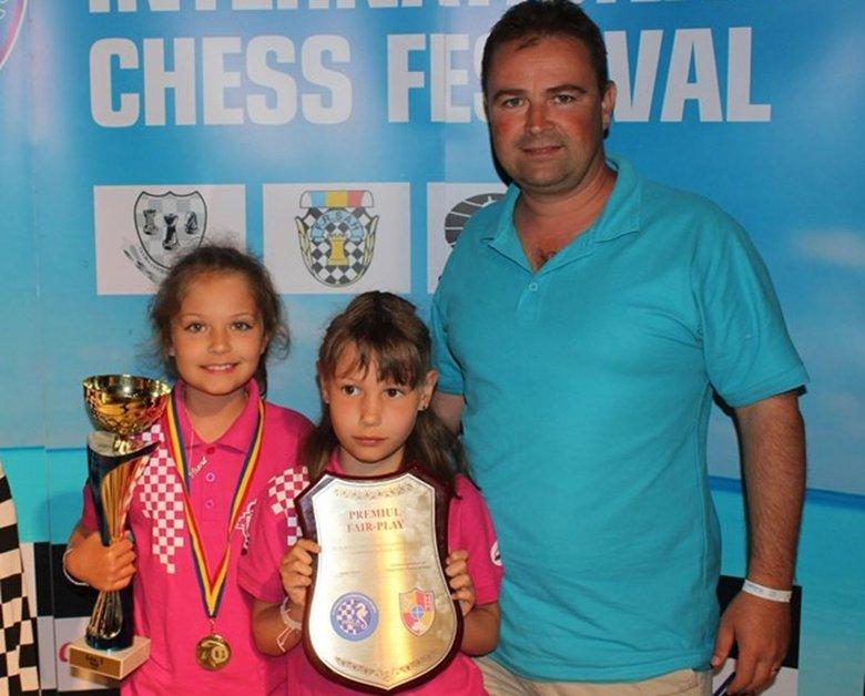 Gyergyóalfalvi sakkozók sikerei a tengerparton