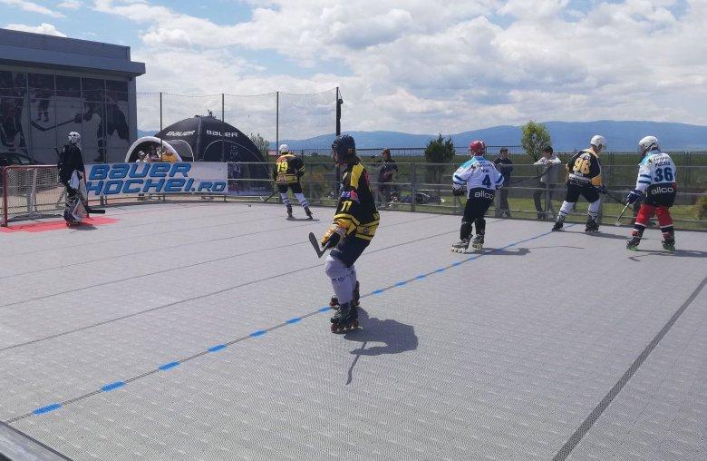 Hazai csapat nélkül indult el az első görhoki bajnokság Gyergyóban