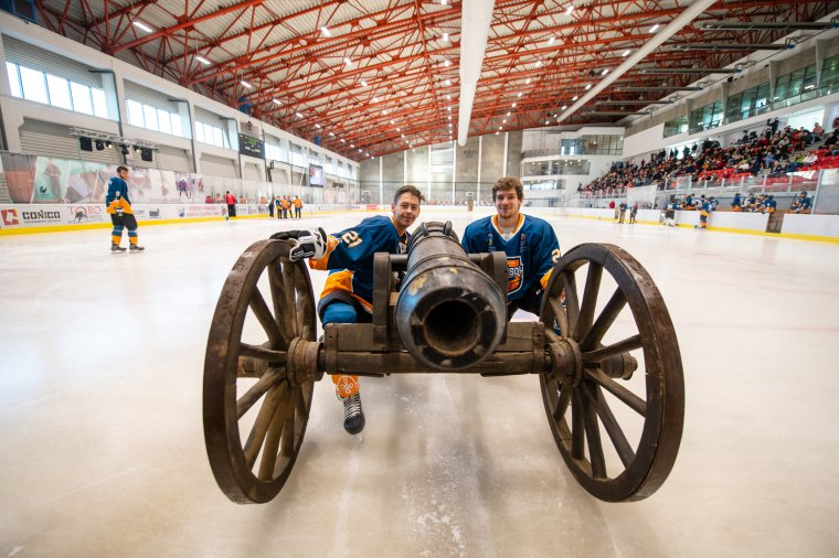 Új csapat, régi álmok: szurkolói előtt kezd a Háromszéki Ágyúsok