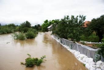 Elsőfokú árvízriasztás péntek éjfélig több bánsági folyón