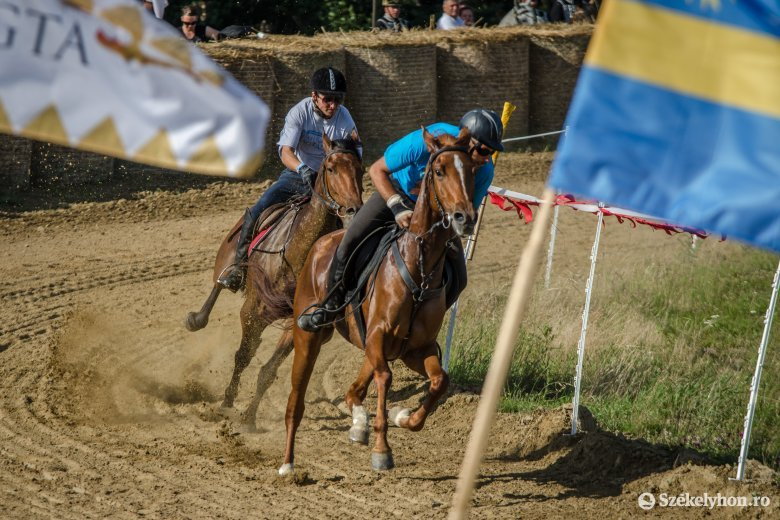 Kevesebben pattanhatnak lóra a Székely Vágtán: idén legfeljebb ezer néző lehet jelen a háromszéki lovas eseményen