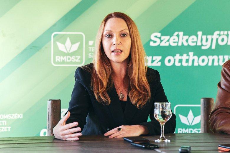 Így harcolnak az országban egyre hangsúlyosabbá váló magyarellenesség ellen