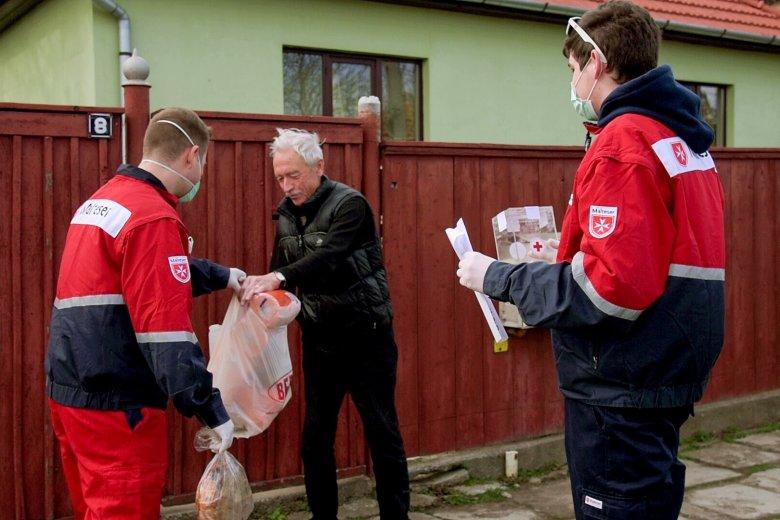 Véget ér az önkéntes élelem-házhozszállítás Háromszéken