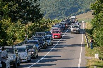 Szűkölködnek az útszélesítésben: számos akadály gördül az úthálózat biztonságosabbá tétele elé
