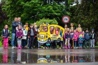 Újraindul a gyerekeknek közösségi élményt nyújtó Lábbusz