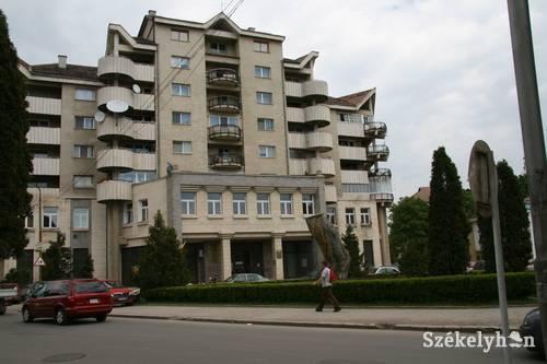 Újabb székelyföldi ingatlant juttatott a román kormány az ortodox egyháznak