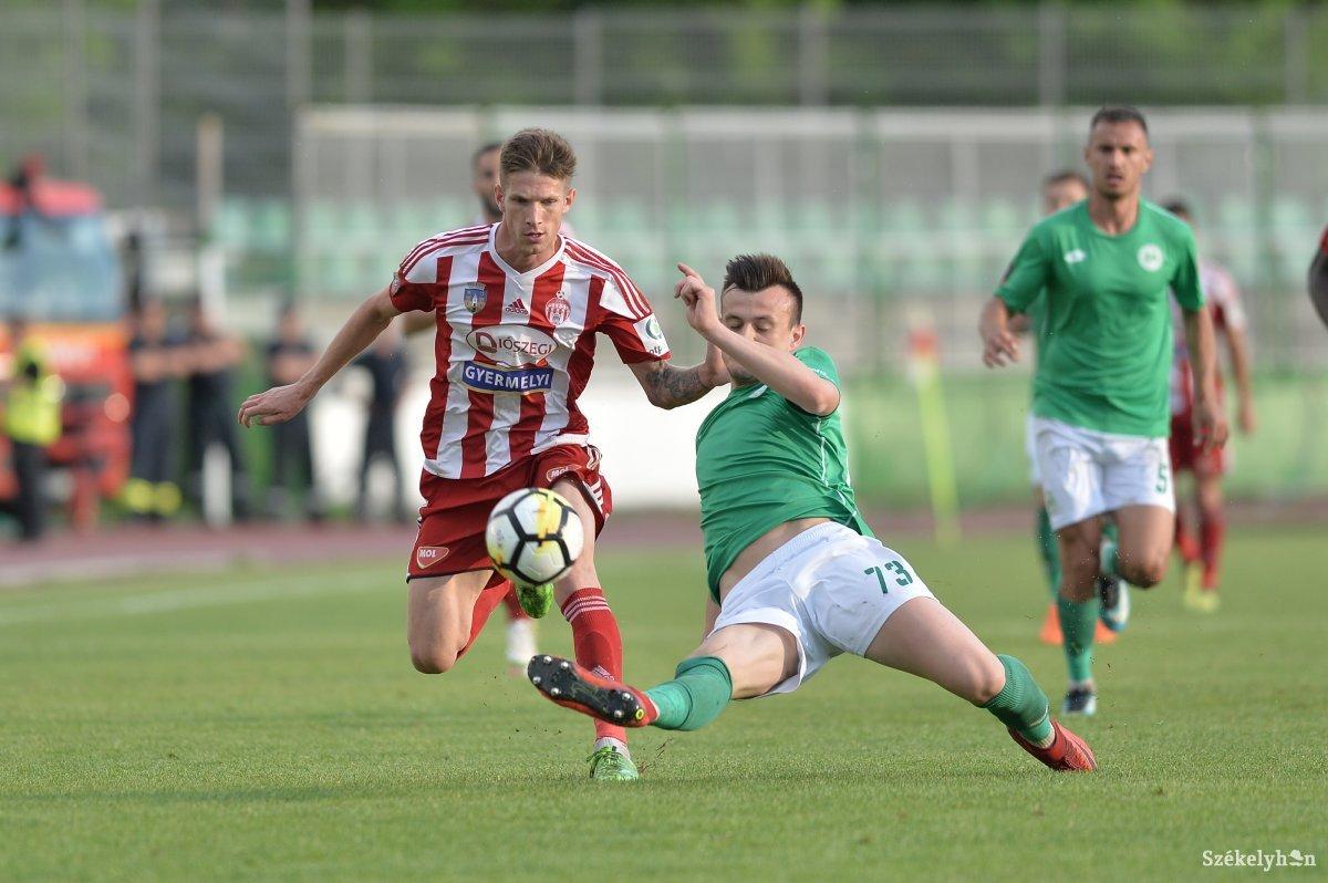 https://media.szekelyhon.ro/pictures/haromszek/sport/2017-2018/o_bar_7053.jpg