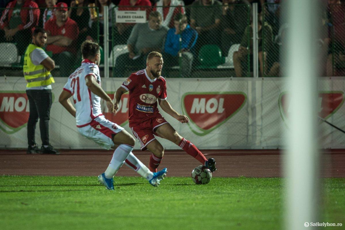 https://media.szekelyhon.ro/pictures/haromszek/sport/2019/o_sepsiosk-bukarestidinamo-pnt-15.jpg