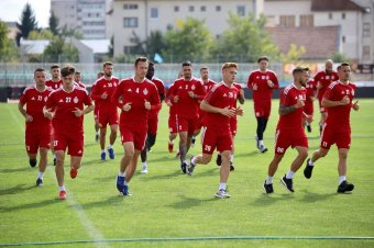 Folytatódik a hazai focidömping a hétvégén
