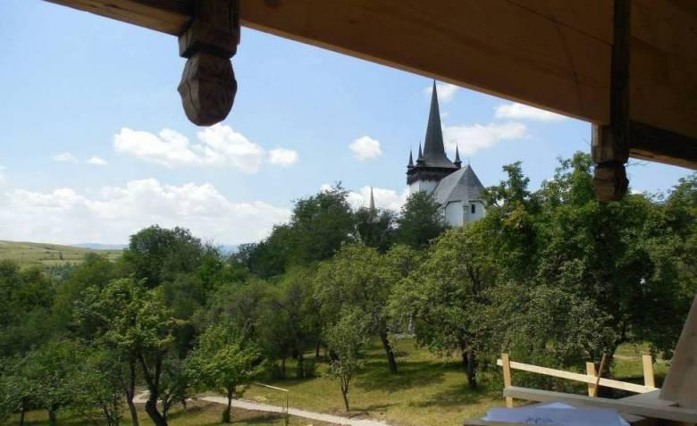 Irodalommal a turizmusért – Jékely-kertet avattak a kalotaszegi Magyarvalkón