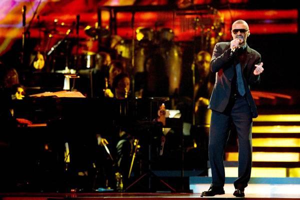 Meghitt hangulatú koncertet adott Budapesten George Michael