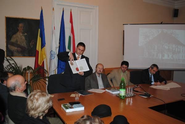 Erdélyi történelmi családok kastélyairól szóló könyvet mutattak be Csíkszeredában