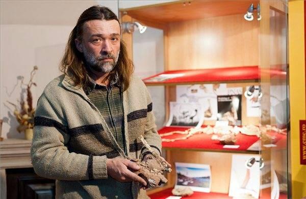 Elhunyt a számos őslénytani felfedezéséről elhíresült Vremir Mátyás paleontológus