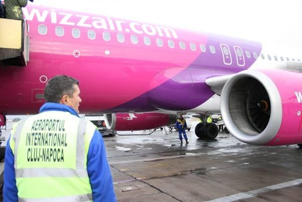 Rárepülne a Wizz Air a Tarom csődjével keletkező űrre