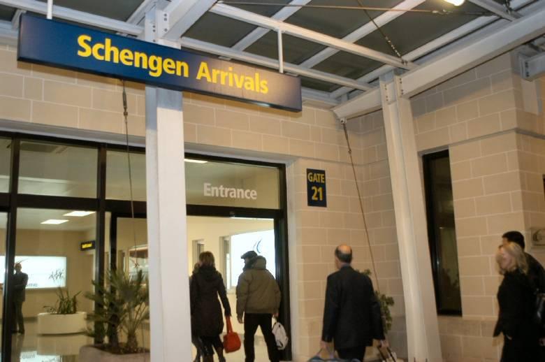 A korrupció hátráltatja Románia schengeni csatlakozását