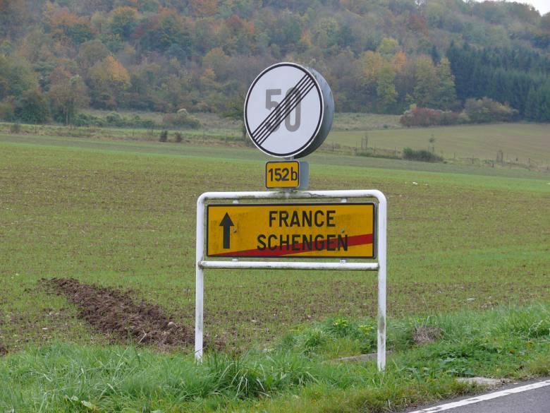 Manfred Weber üzent a kormánynak: a DNA zavartalan működése lehet a schengeni csatlakozás egyik záloga