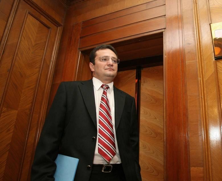Politikai érdek fűződik a lemondatásához – állítja George Maior, Románia egyesült államokbeli nagykövete