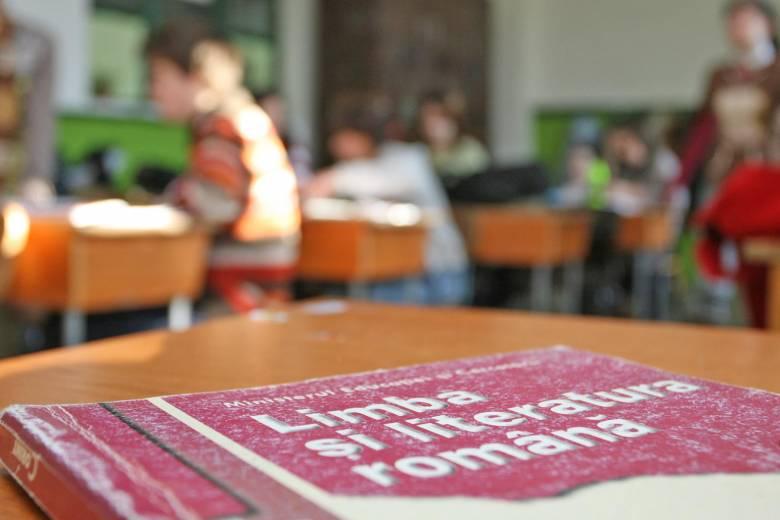 Nem segítettek a diákokon, csak elméletben könnyítettek a kisérettségi románvizsgáján