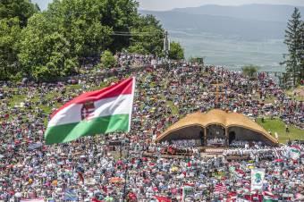 Ismertették a csíksomlyói búcsú keretszámait: 22 ezer zarándokot várnak más településről