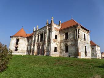 Építészeti oktatási táborokat rendeznek Bonchidán – a Bánffy-kastély restaurálásába is bekapcsolódnak a résztvevők