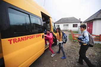 """""""Defektes"""" az iskolabuszok többsége – Hiába várnak a minisztérium segítségére, egyelőre nincs kiírás új járművek vásárlására"""