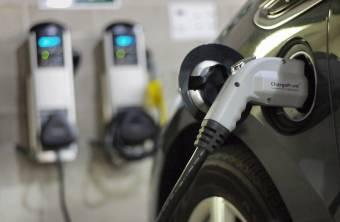 """Fellendülőben a """"zöld"""" autók piaca: közel 66 százalékkal nőtt a környezetkímélő járművek eladása 2018-ban"""