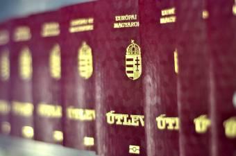 Több száz külföldi juthatott törvénytelenül magyar állampolgársághoz