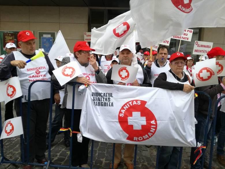 Tiltakoznak az egészségügyben a kivételezés miatt
