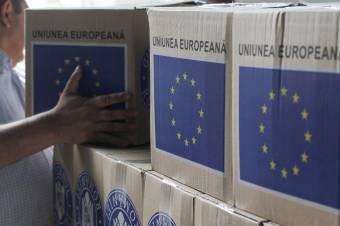 Osztják az uniós segélycsomagokat Gyergyószentmiklóson