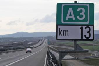 Hatezer lejes kártérítés kifizetésére kötelezte a bíróság a közútkezelő társaságot egy autópályán bekövetkezett baleset miatt