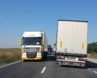 Fölöslegesen aggódtak a fuvarozók, nem emelkedett a kötelező gépjármű-felelősségbiztosítás referenciaára