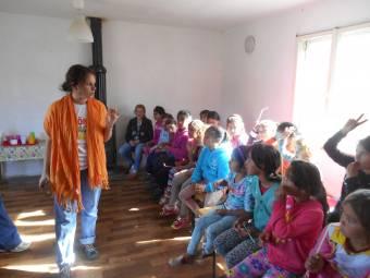 Hetvenkét órányi önzetlen segítségnyújtás Erdélyben is