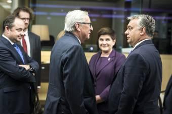 Jean-Claude Junckernek nem tetszik, hogy Orbán Viktornak Magyarország az első
