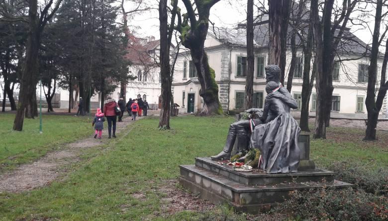 Uniós forrásból korszerűsítik a Petőfi-múzeumnak otthont adó koltói Teleki-kastélyt