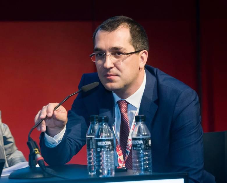Lezárták a DNA-eljárást Vlad Voiculescu volt miniszter egyetemi oklevele ügyében