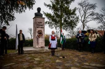 Ismerjék meg Adyt más nemzetek is – három Szatmár megyei helyszínen emlékeznek november közepén Érmindszent nagy szülöttjére