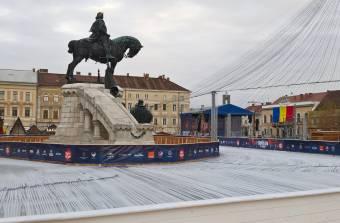 Ünnepi fények, felemás hangulat az erdélyi városokban