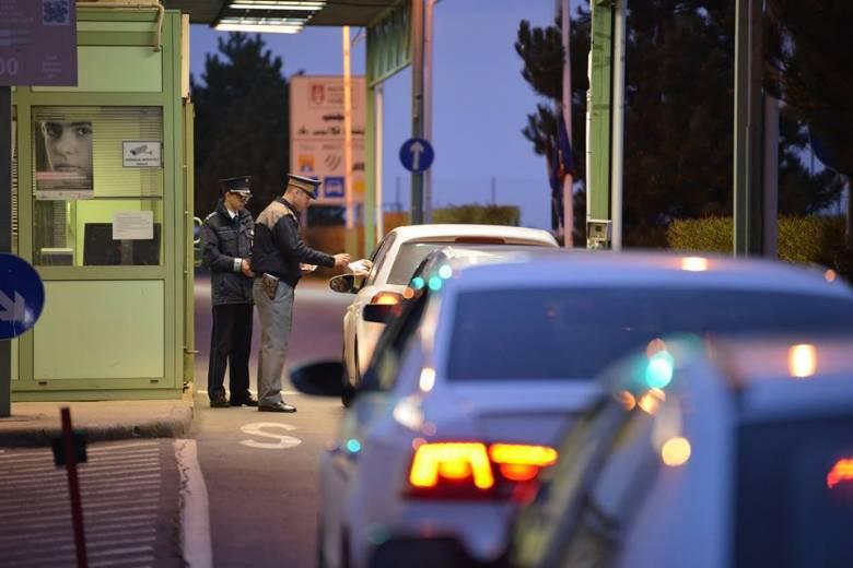 Három év börtön is járhat a hamis oltási igazolásért, figyelmeztet a határőrség