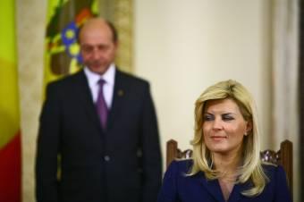 Illegális kampányfinanszírozás: Traian Băsescu lányát és Elena Udrea exminisztert is letöltendővel sújtották
