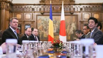 A japán kormányfő Bukarestben: Románia számára a legfontosabb gazdasági kihívás az infrastruktúrafejlesztés