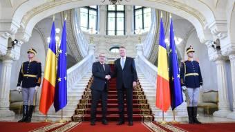 Juncker az igazságügyi monitoring lezárását ígérte Bukarestben