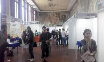 Szatmári cégek csalogatják haza a diákokat a kolozsvári állásbörzén